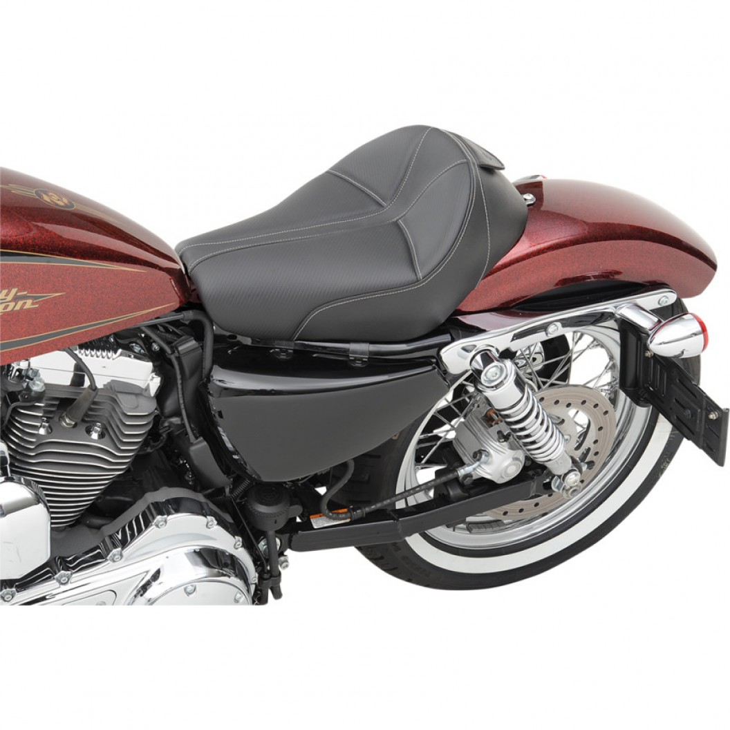 2004-2020 Sportster Dominator™ Solo Seat (4.5G Tank)