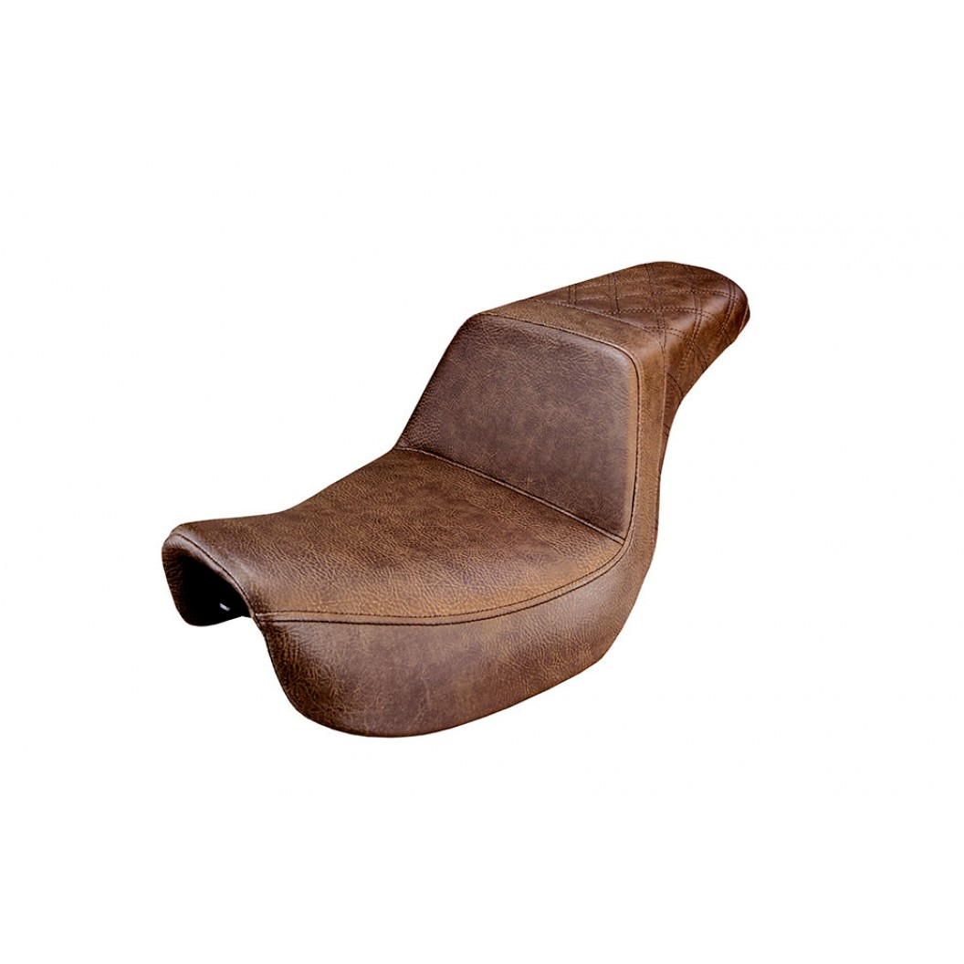 2006-2017 FXD, FXDWG, FLD Dyna Brown Step-Up™ Rear LS Seat